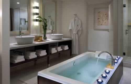 epic-miami-kimpton-hotel-bath-room