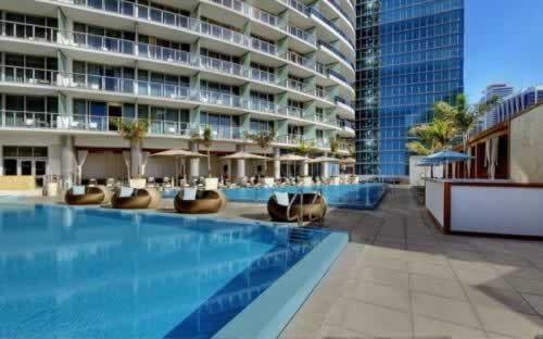 epic-miami-kimpton-hotel-pool