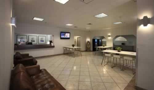 leamington-hotel-lobby