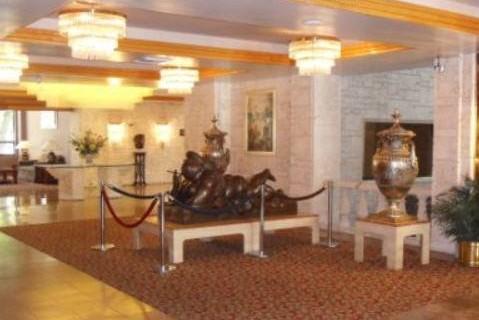 river-park-hotel-suites-lobby-2